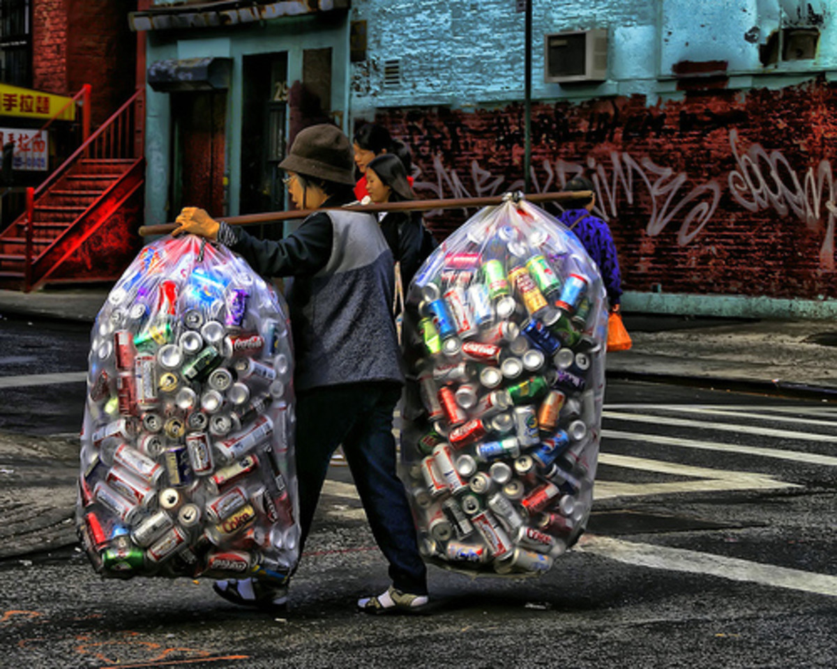 A resourceful way to carry cans.