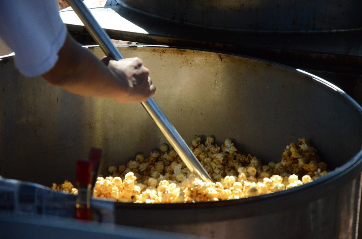 The popper itself is the largest expense for starting a kettle corn business.