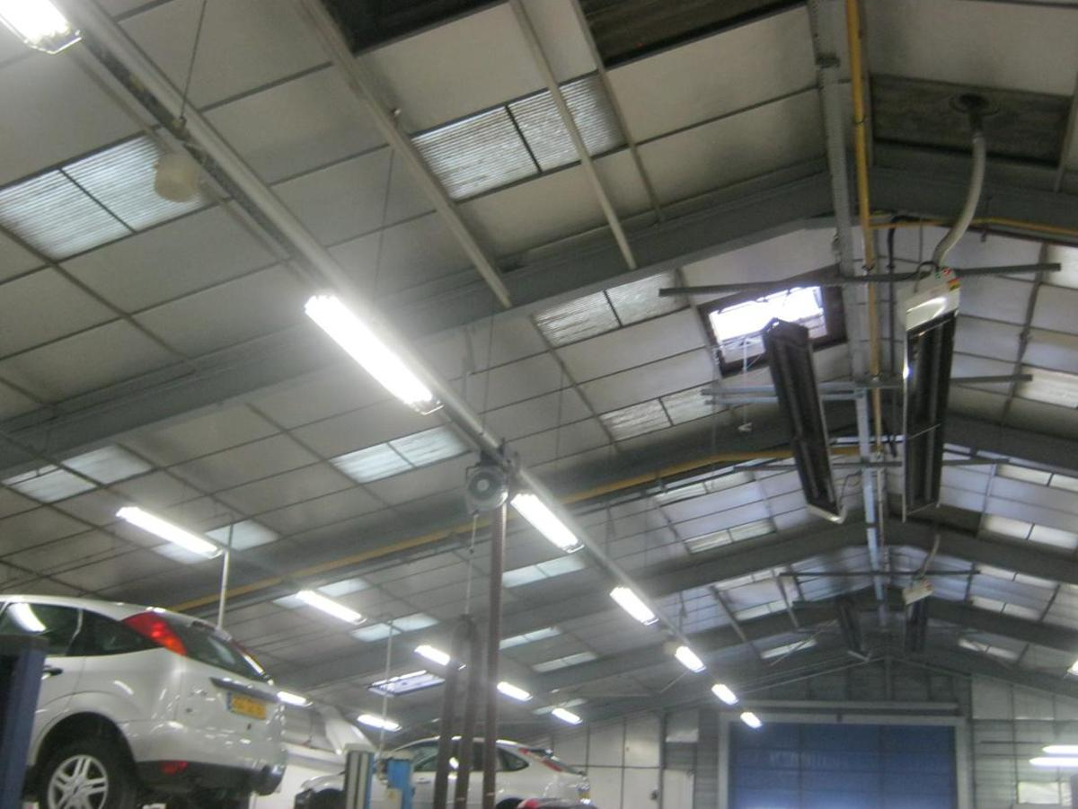 When I worked there, the garage looked much like this. I helped to install the main pipes and the sanitation.