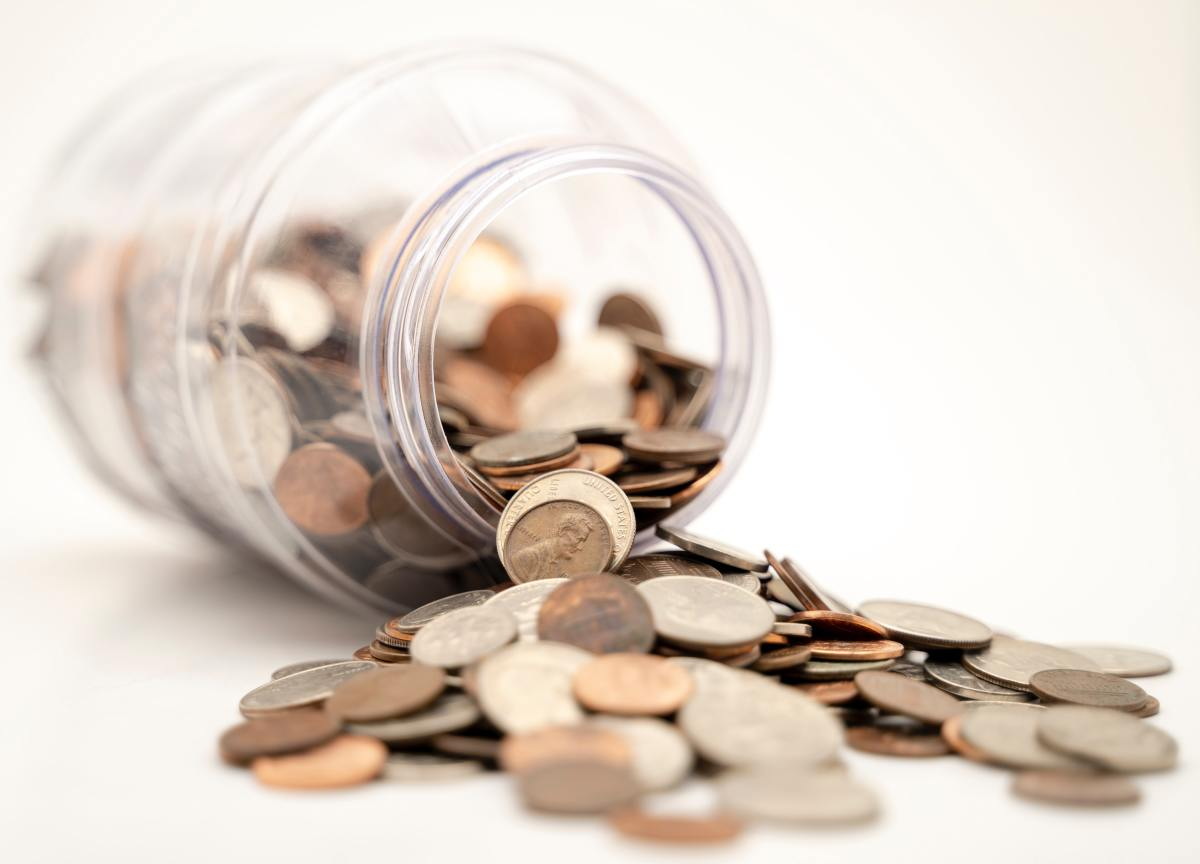 Is the piggy bank half full or half empty? These are the pros and cons of being poor.
