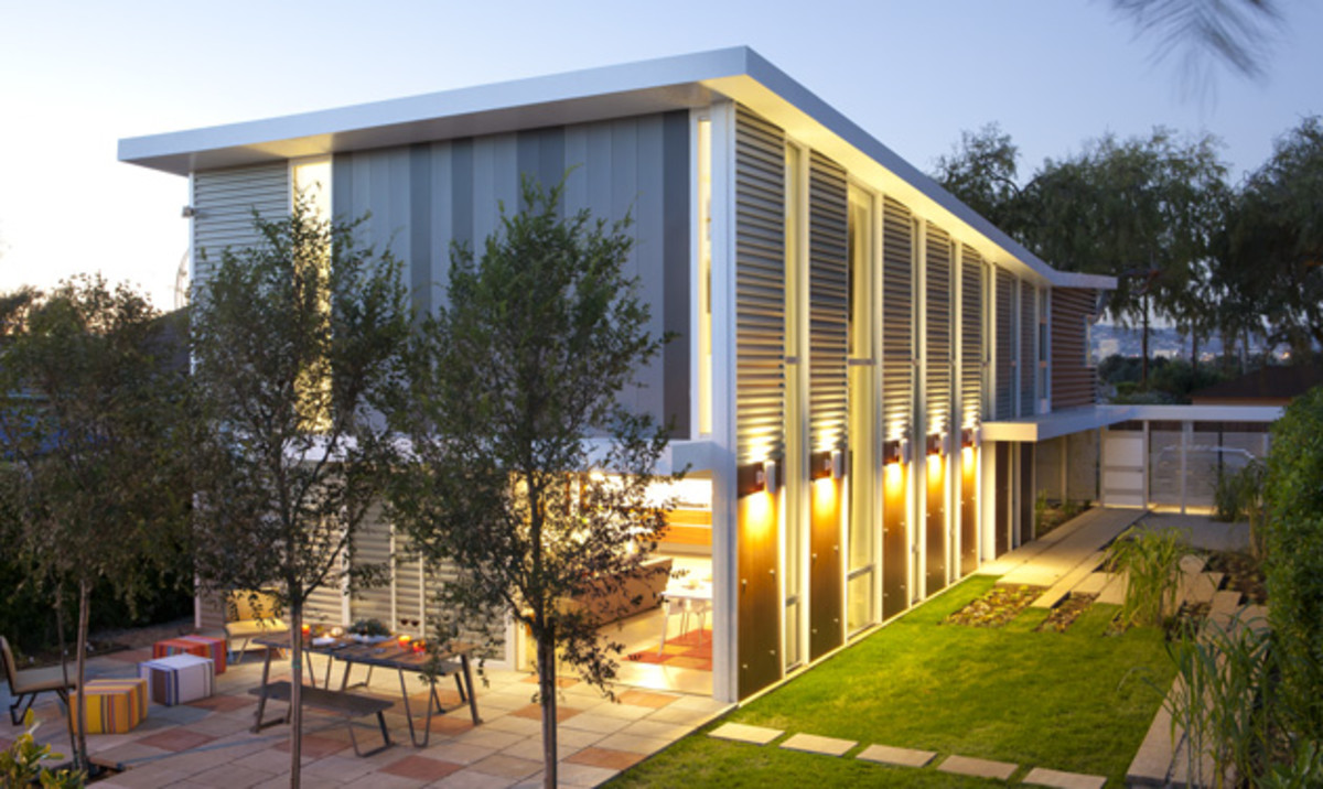 """This """"Sunlight Residence,"""" by Proto Homes, built in Los Angeles, has 2,650 SF (incl. garage) of living space, 3 beds, and 2.5 baths. Based on its November 2011 sale, the home itself is valued at approx. $437,000."""