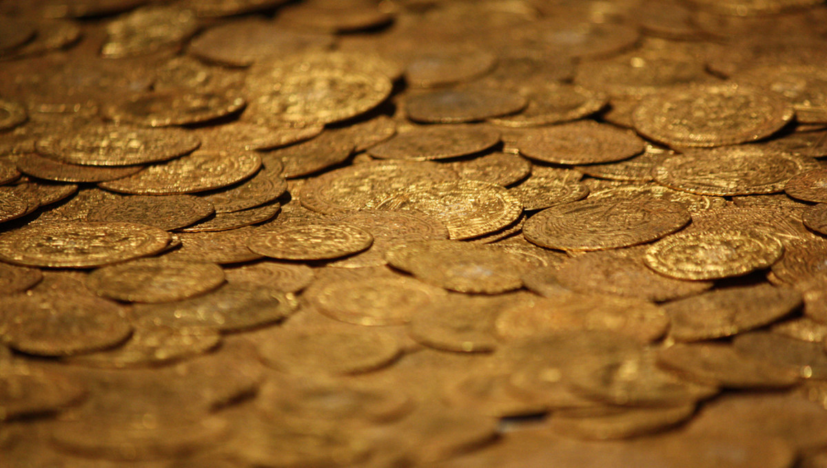 This is a medieval treasure trove found at Fishpool in England. One thing gold has done is remain valuable over long periods.