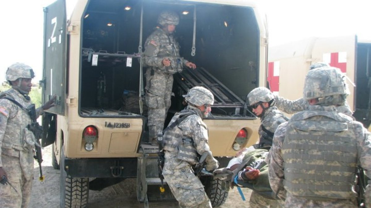 How to Become an Army Combat Medic: Criteria & Training