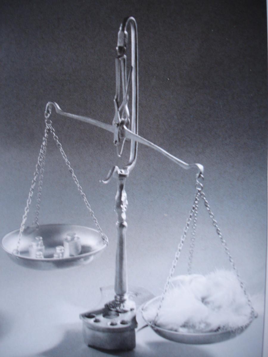 Justice et inégalité : les plateaux de la balance--Justice and inequality: the plateaus of the balance.