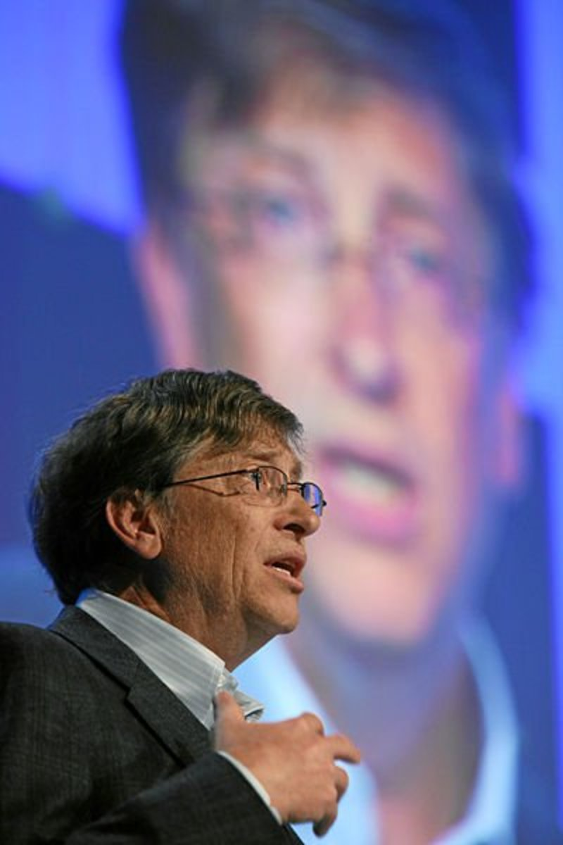 William H. Gates III, Chairman, Microsoft Corporation, USA, delivers a speech during the session 'A New Approach to Capitalism in the 21st Century' at the Annual Meeting 2008 of the World Economic Forum in Davos, Switzerland, January 24, 2008.