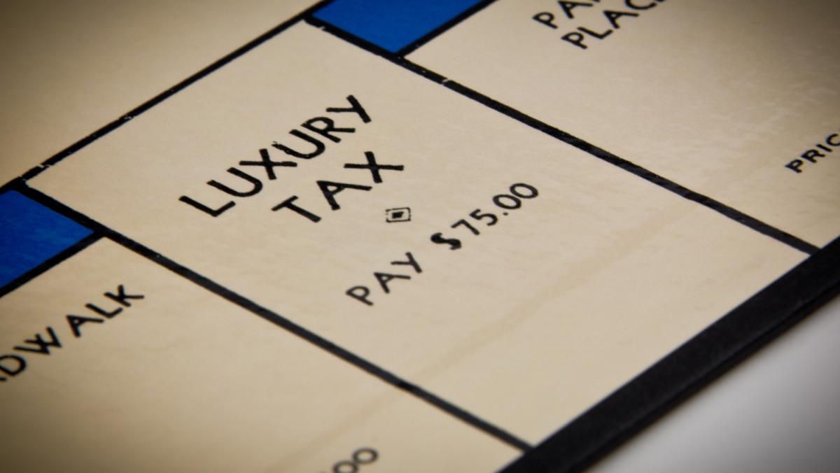 Luxury tax (MONOPOLY)