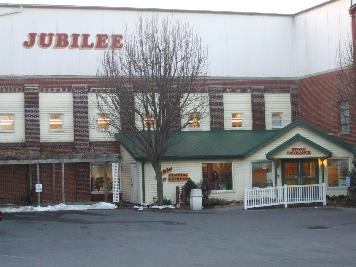 This is the exterior of the Jubilee Ministries Thrift Store 12th Street location in the city of Lebanon.