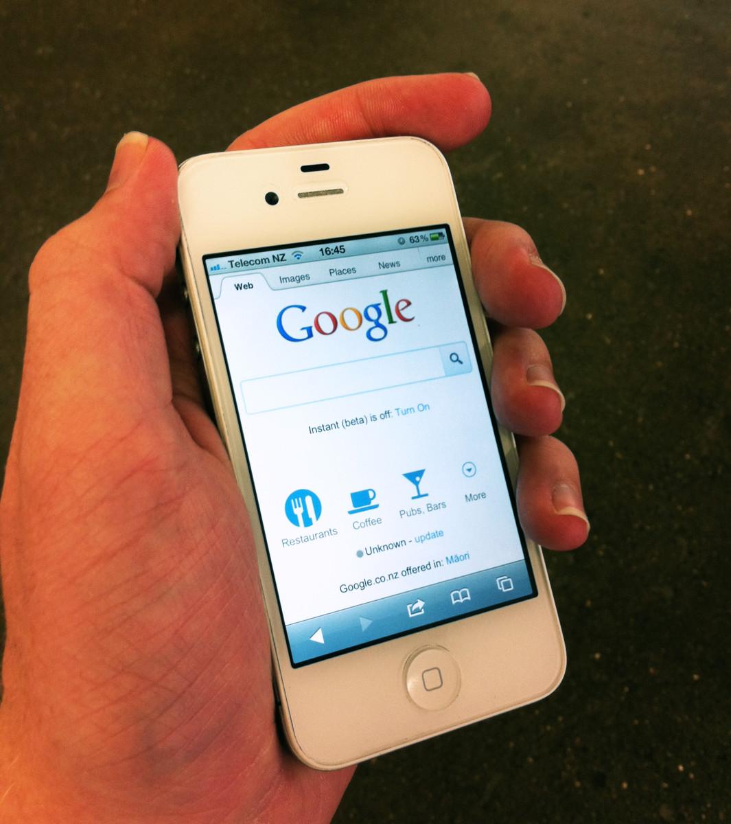 骗子甚至不需要拿到你的手机就可以进行SIM欺诈。