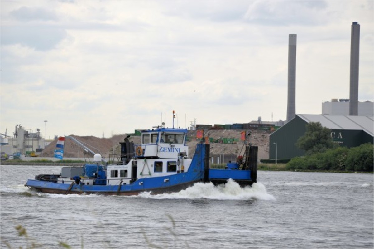 An example of a tug boat or fleet boat.
