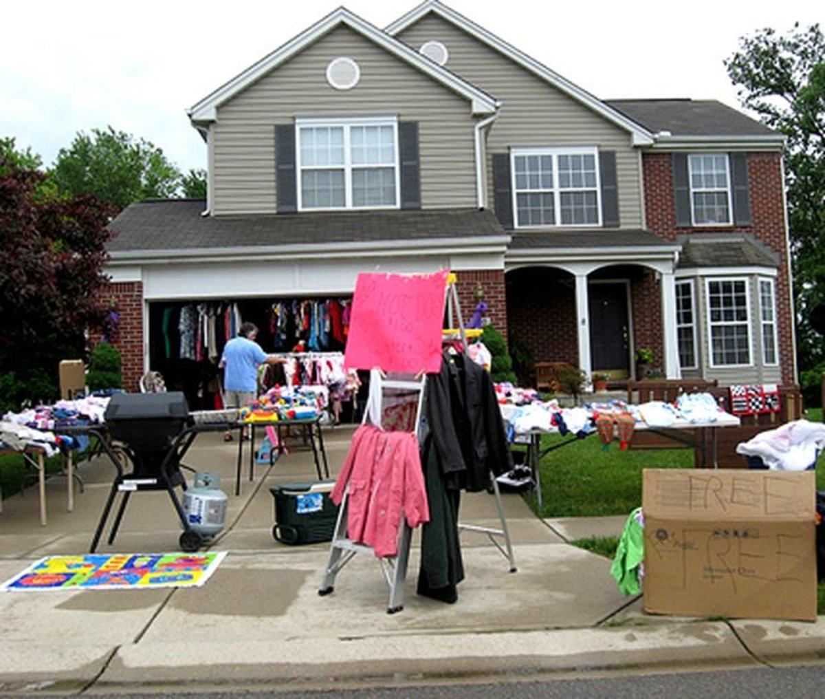Tips for Hosting the Best Garage Sale Ever