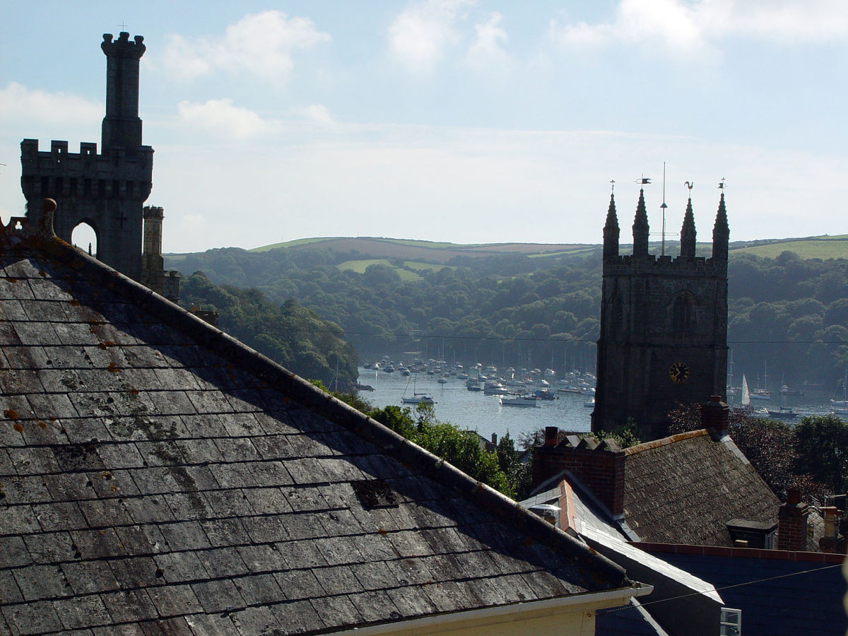 Fowey was the home of famed author Daphne du Maurier, whose novels offer a glimpse into Cornwall's colorful past.