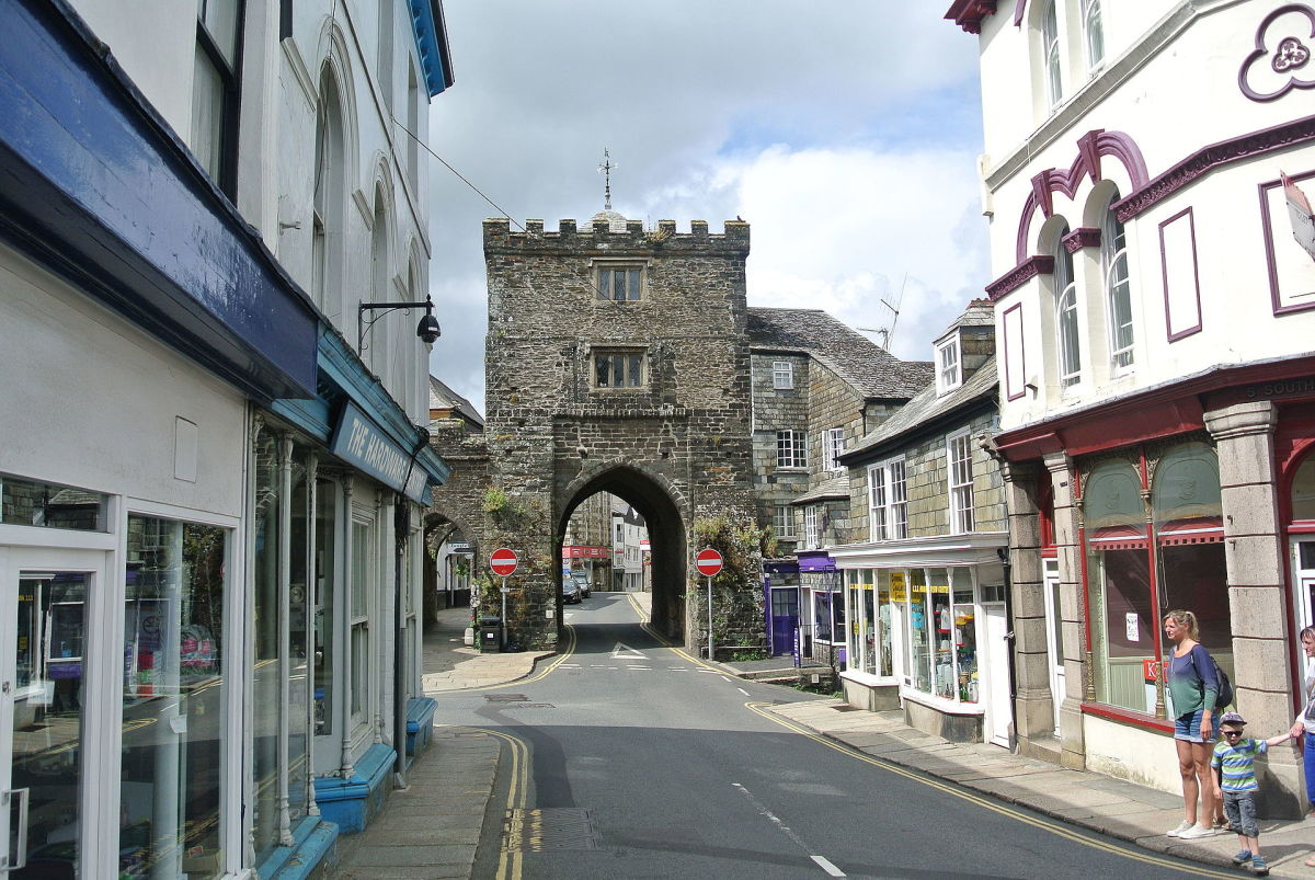The South Gate of Two Arches, which stills stands in Launceston, was originally part of the town wall.
