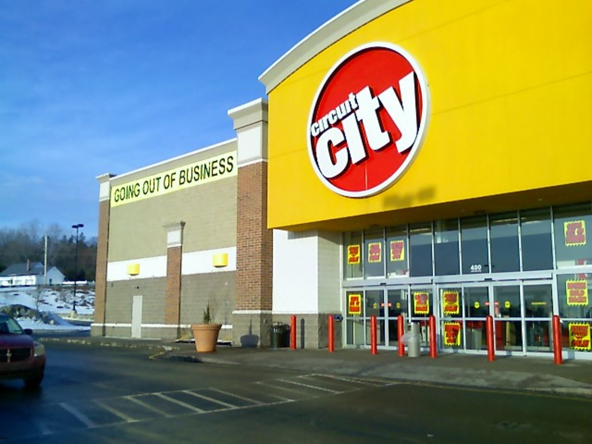 When Circuit City closed its corporate headquarters in 2009, employees returned from company meetings to find company-owned items on their desks tagged and moving boxes waiting.  They were unemployed.