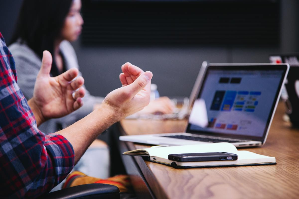 People who use hand gestures are seen as warmer and more energetic: Hand gestures and other non-verbal communication should be congruent, matching what is being said.