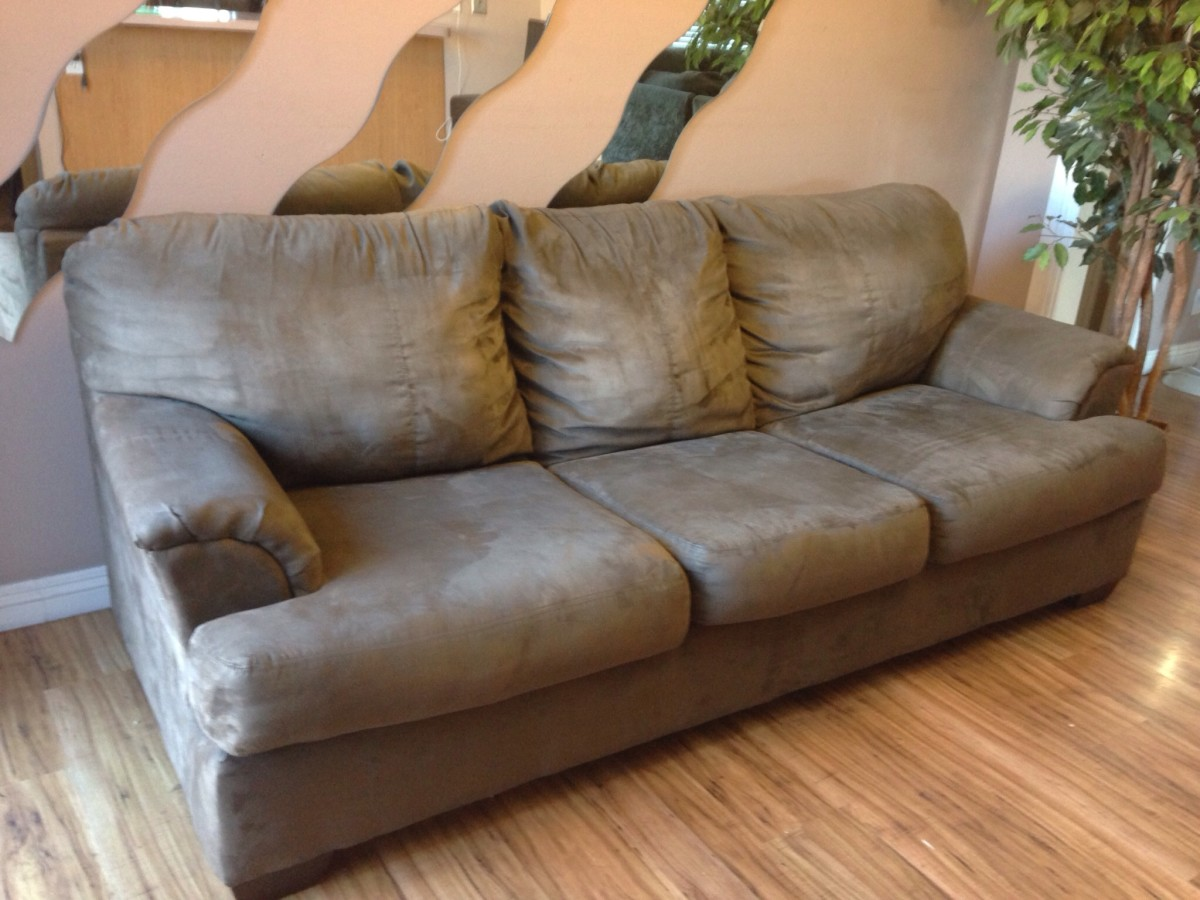 make-side-cash-flipping-couches-on-craigslist