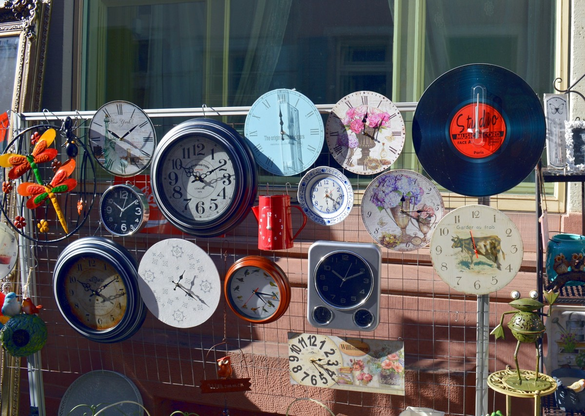 While some people like to randomly discover unique items at garage sales, others know exactly what they are looking for. Display similar items together in one area to help savvy collectors find the next addition to their cherished collection.