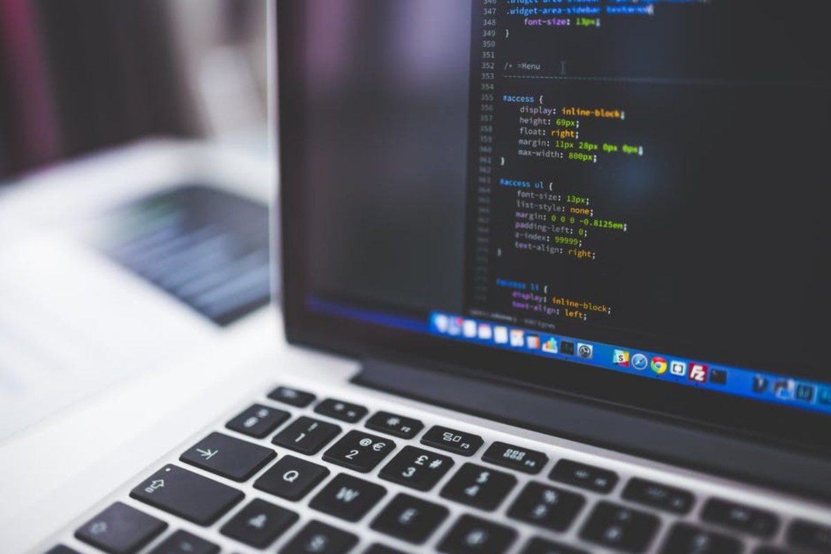The technology market is a competitive niche with the compensation to match if you have the knowledge and experience to back up your writing skills.
