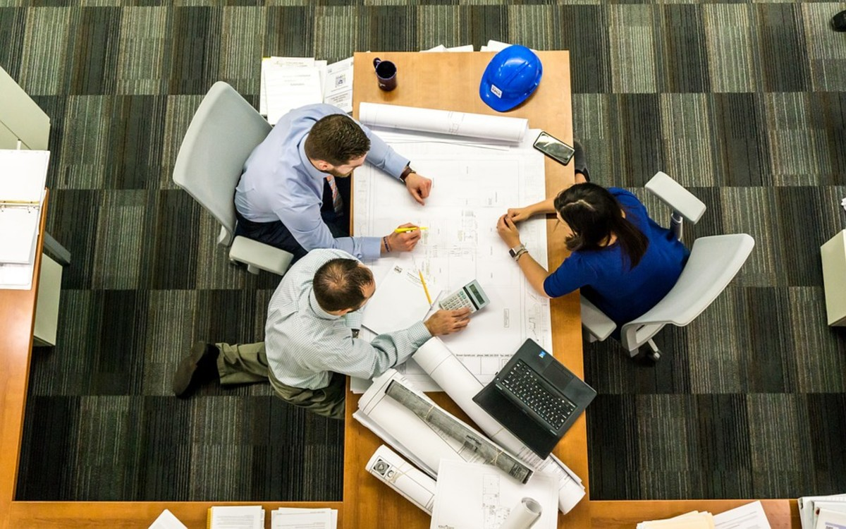 It's difficult for a team to function without meetings, but frequent meetings can also slow progress.