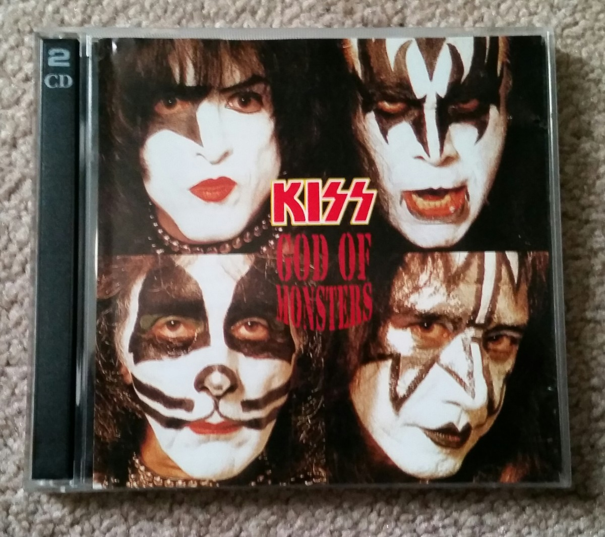 This may be my favorite thrift-store find of all. A live bootleg from KISS' 1996 Reunion Tour. Don't tell Gene Simmons. :)