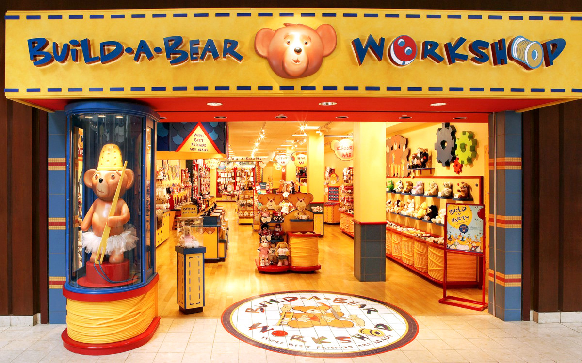 The original Build-A-Bear Workshop storefront.