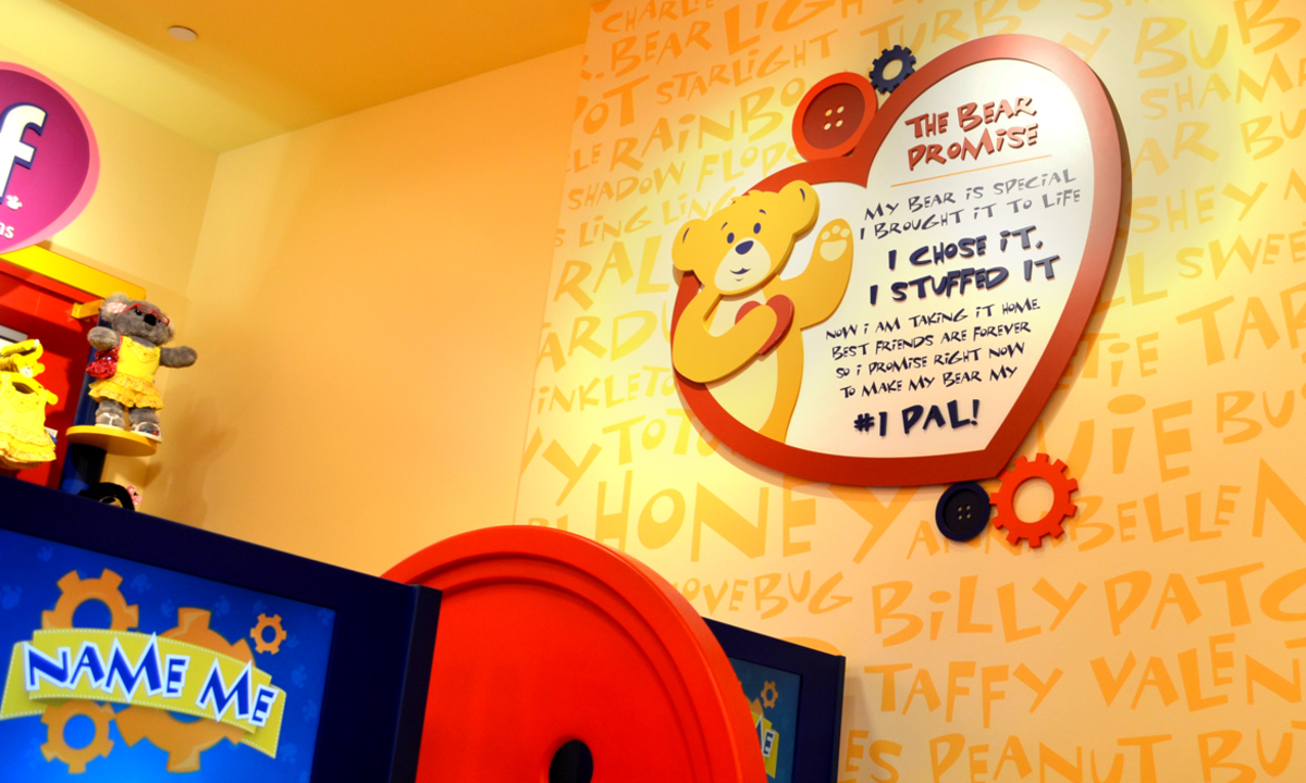 """The Bear Promise,"" a pledge displayed in Build-A-Bear stores."