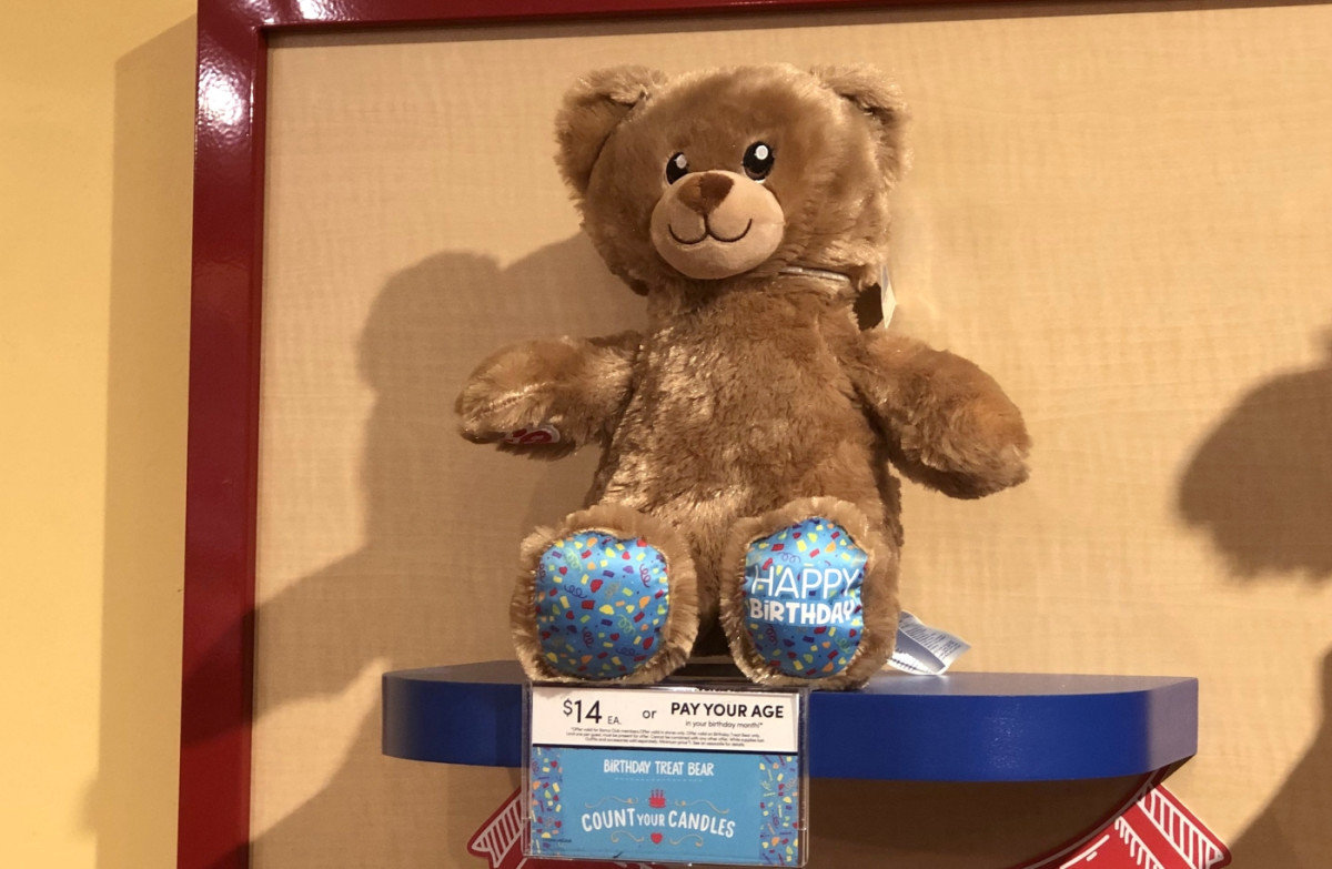"""Birthday Treat Bear, a special bear included in the """"Count Your Candles"""" deal."""