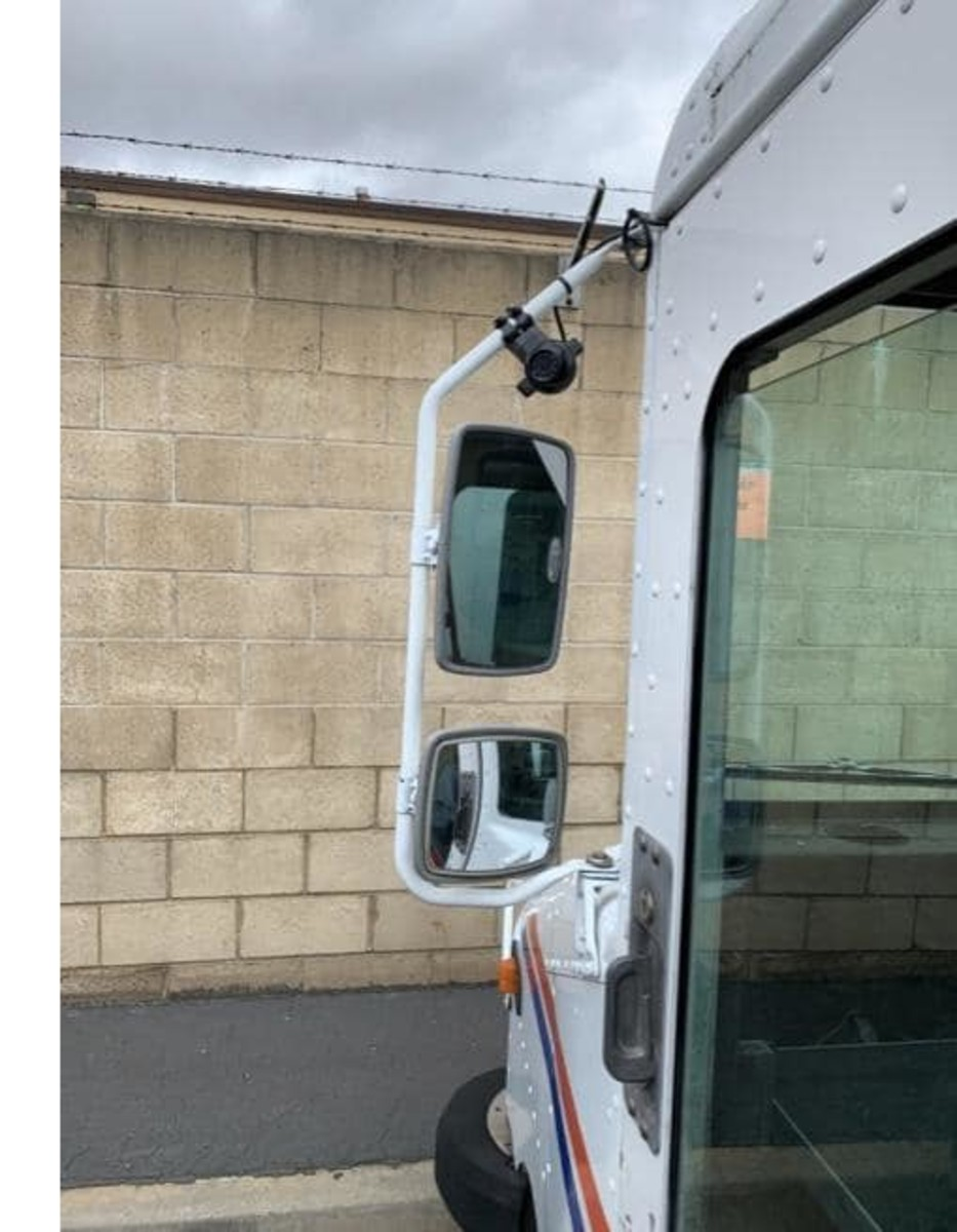 We´ve looked at postal vehicle cameras from both sides now.