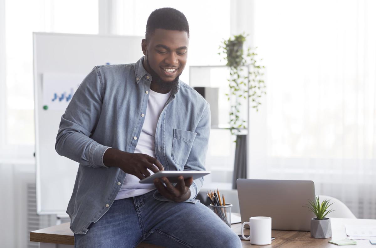 Rewards help motivate employees
