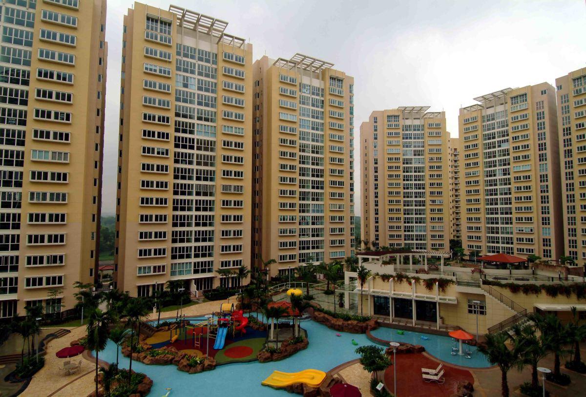 Rio Vista Condominium site