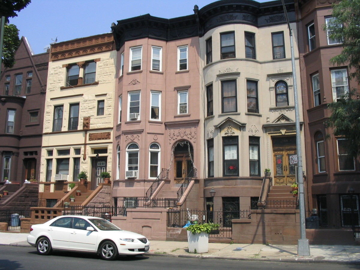Townhouses in Brooklyn, NY