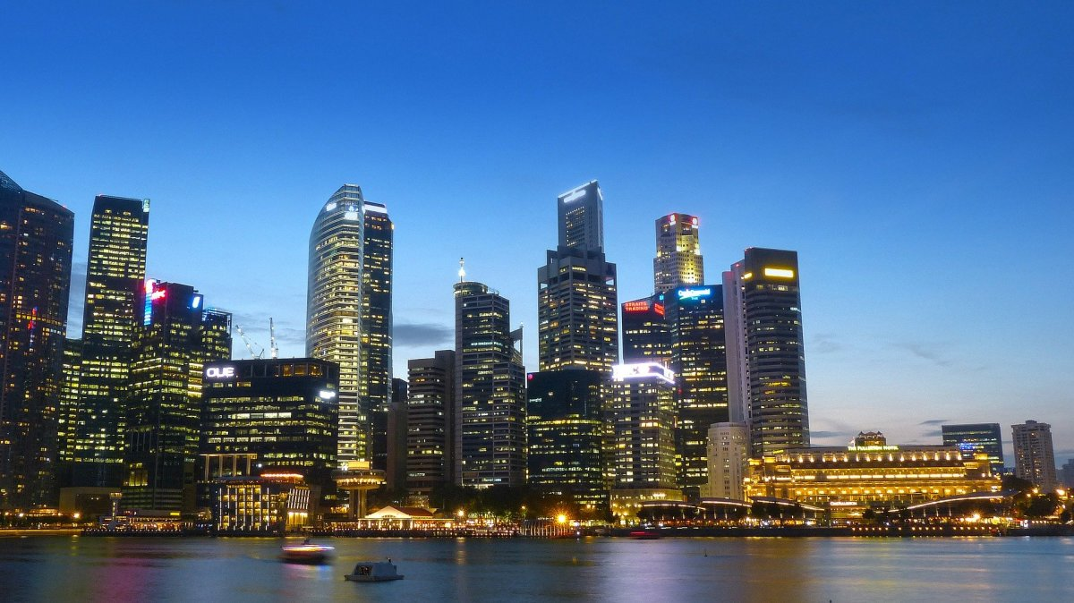 Singapore is a country of possibilities. Every building and sight is a beckon of opportunity urging you to take it.