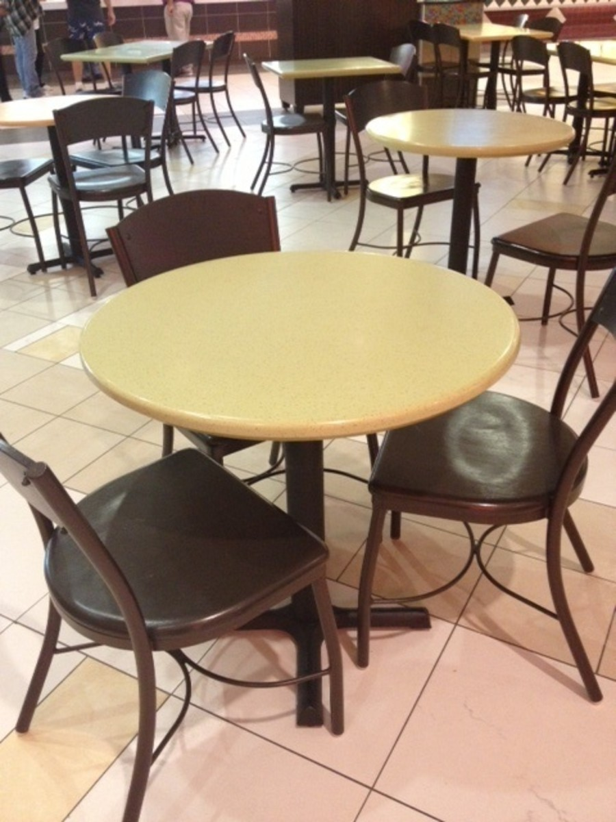 Taking lunch breaks with select employees who a supervisor considers to be their friends can lead others to allege favoritism.