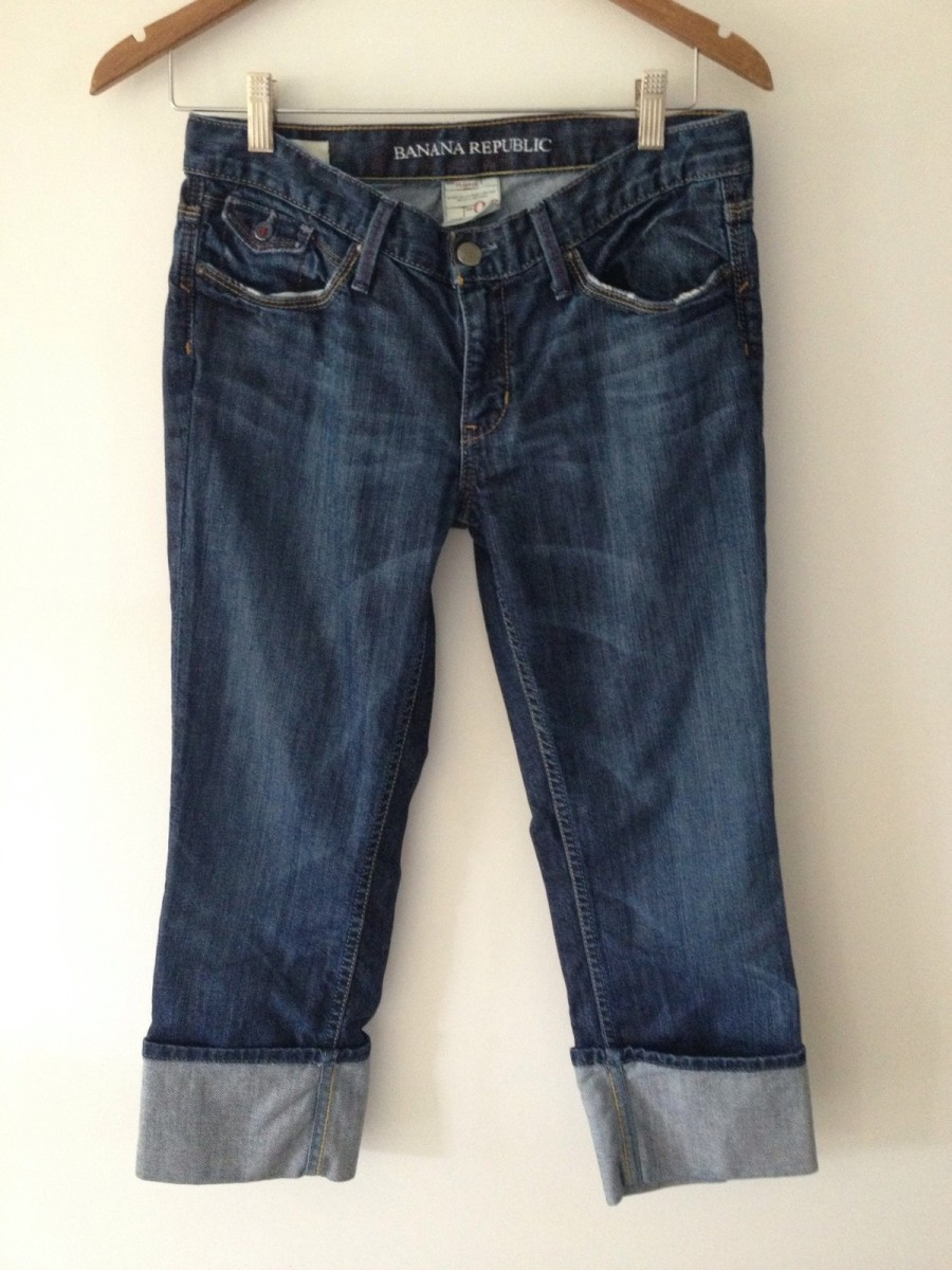 Banana Republic denim capris.