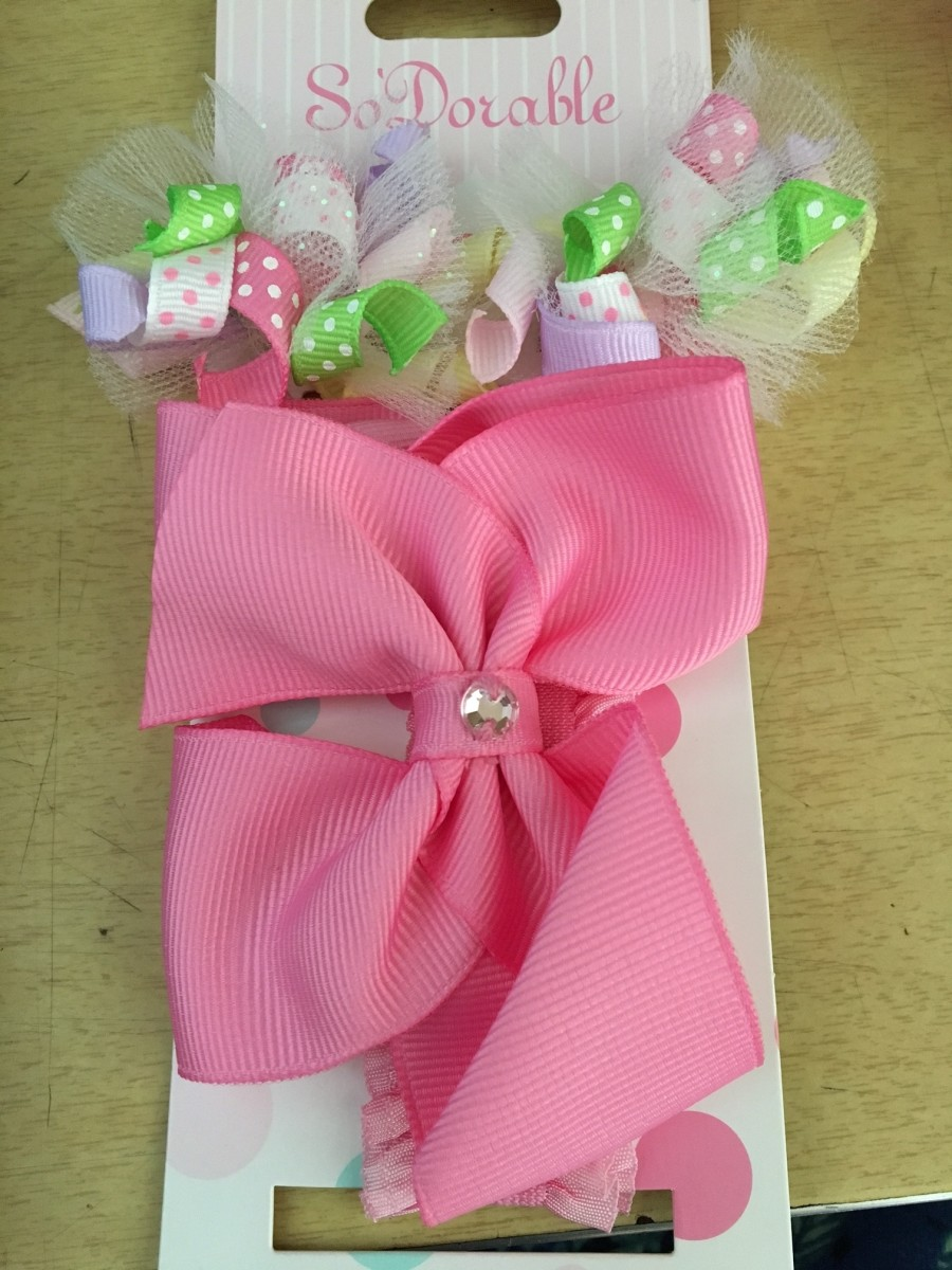 Cute little bows from the 99 cent store!