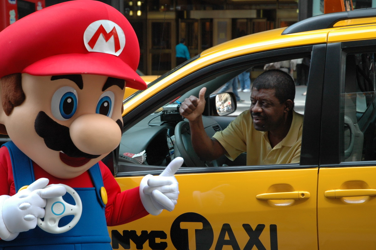 Mario and the cabbie behind him ...