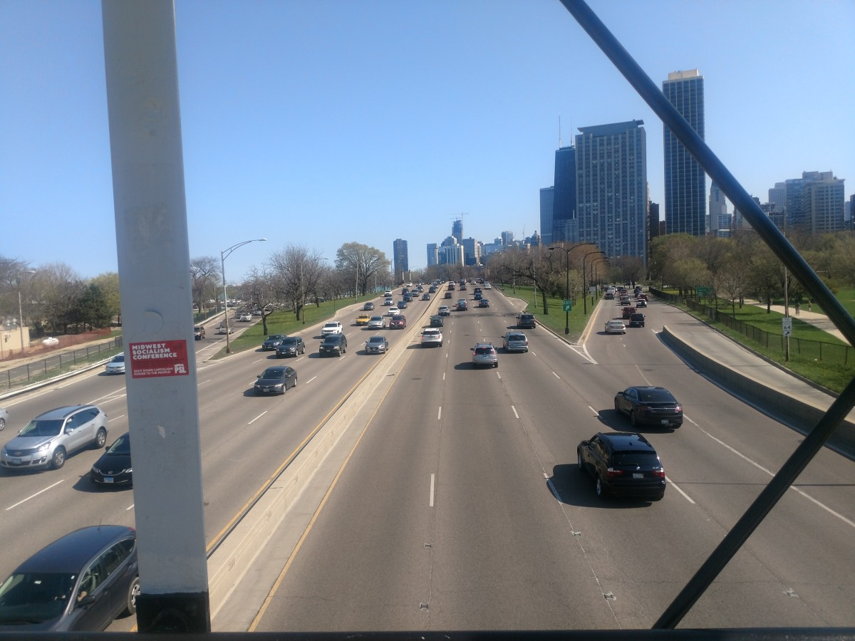 Lake Shore Drive goes through 6 of Chicago's 10 best rideshare locales.