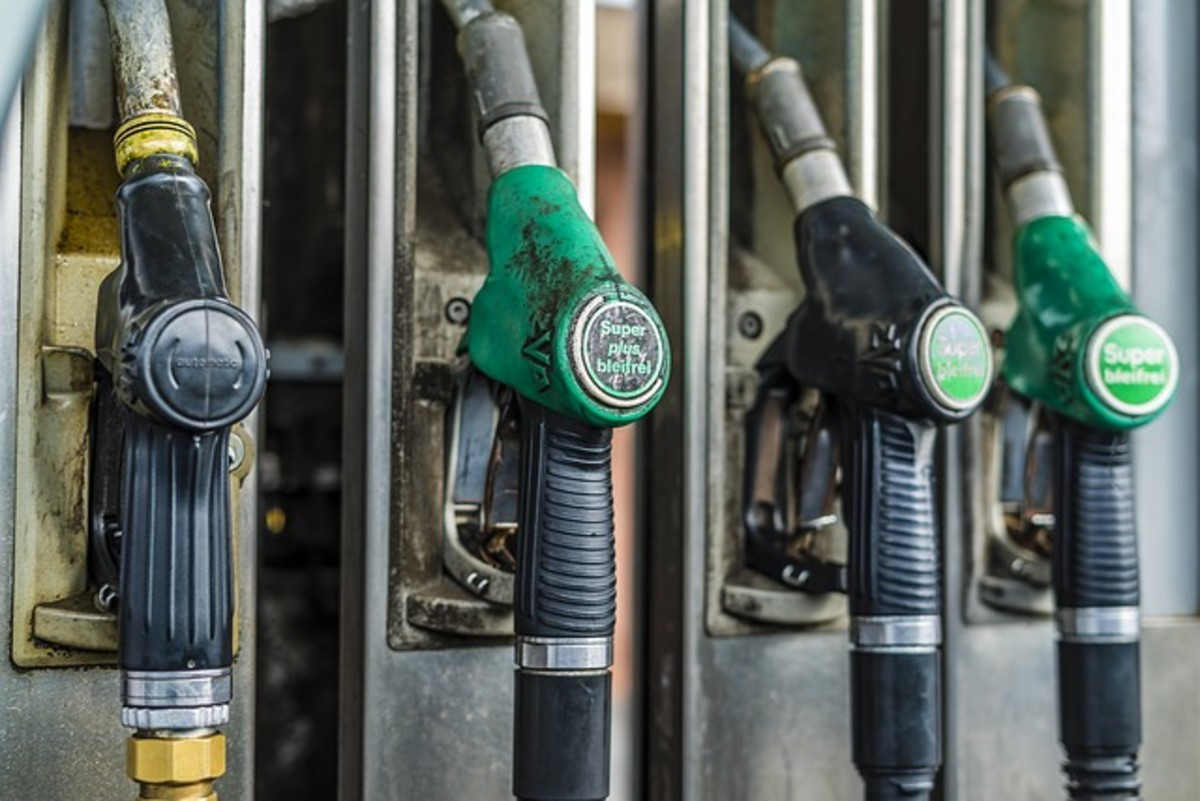 Ask for a printout of the fuel dispenser showing times and amounts dispensed