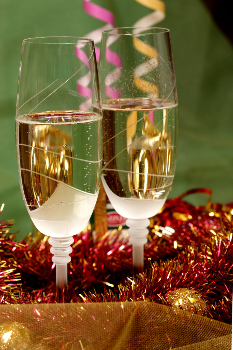 Along with your New Years Eve Drinks, have some special ones for the kids to use in a toast.