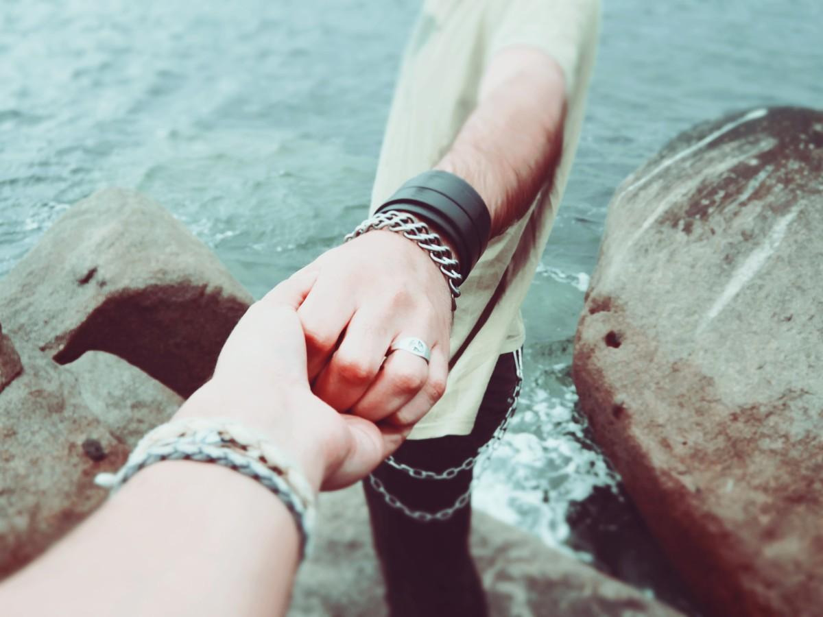 how-to-build-trust-in-a-relationship-understanding-trust