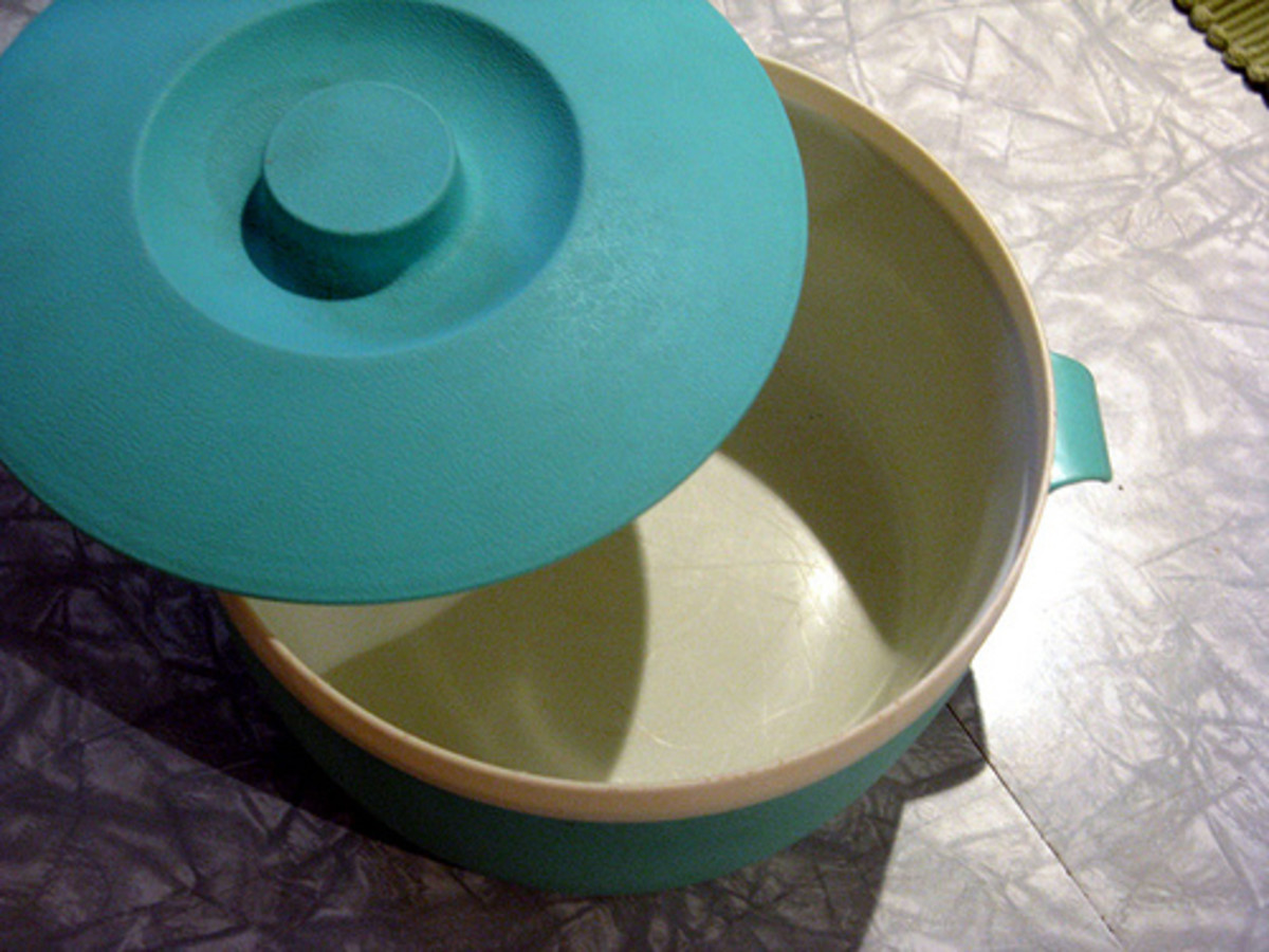 A 1940s Aquamarine Ice Bucket