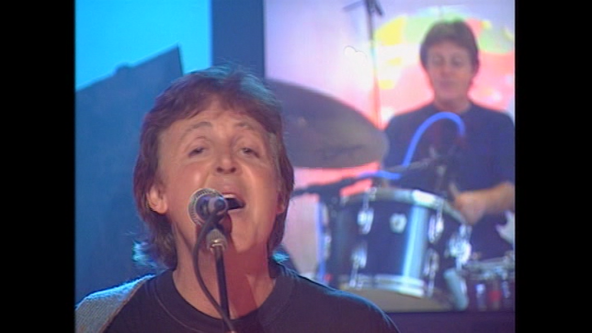 "Paul McCartney on the ""TFI Friday"" show, 1997."