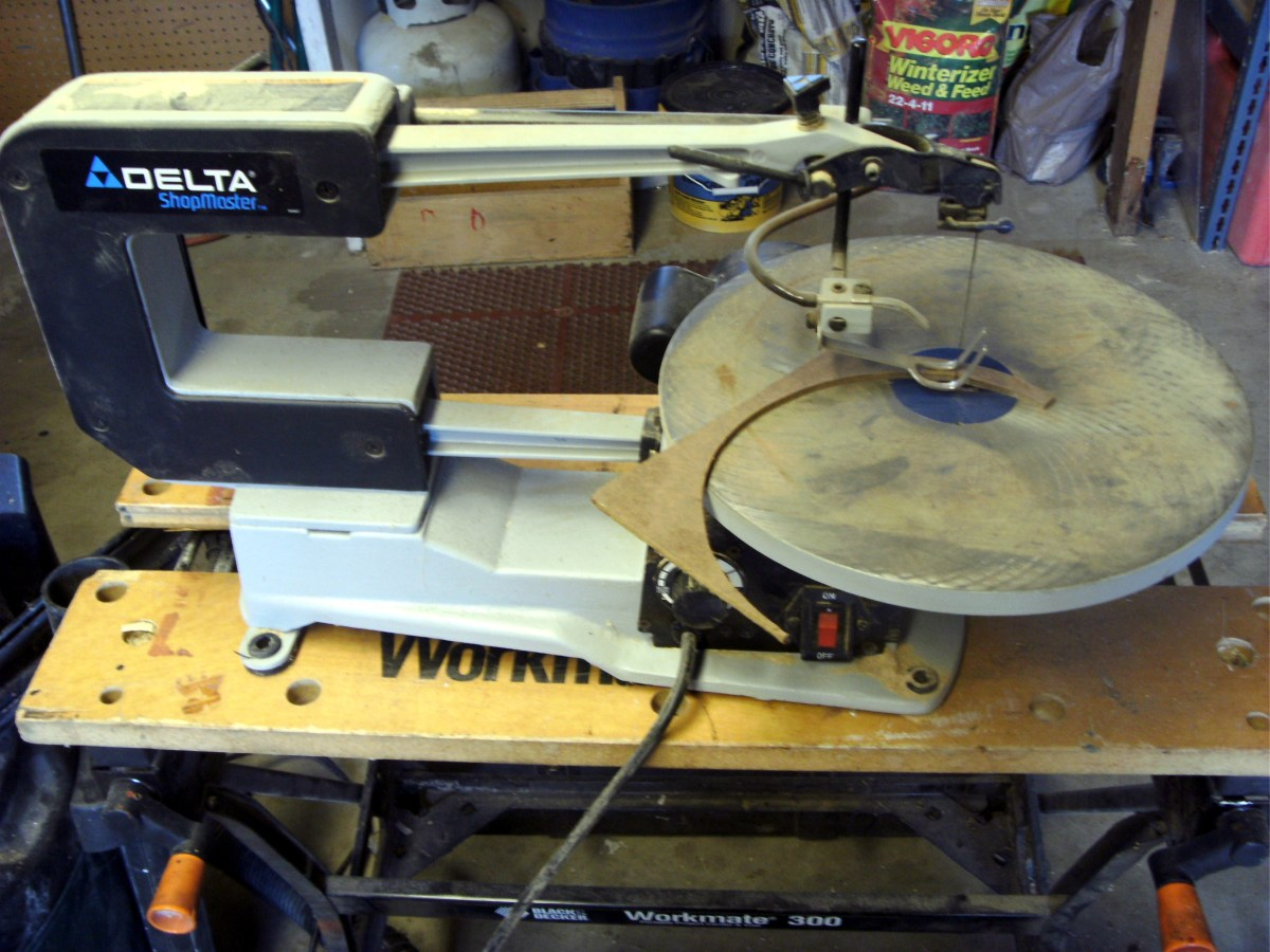 Although this is not a particularly intricate cut, it is something a scroll saw accomplishes with ease.