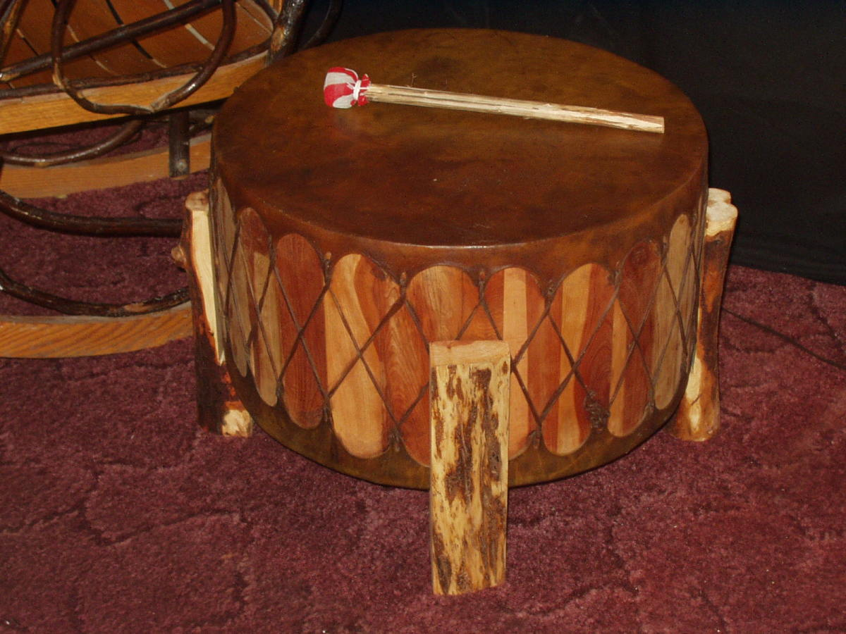 Native American powwow drum/Photo from www.nativeamericandrums.net/