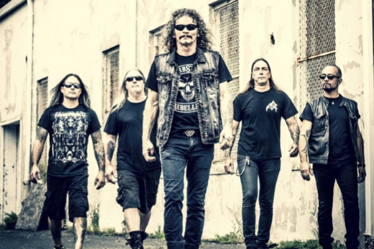 "Overkill L-R: Jason Bittner (drums), Dave Linsk (guitar), Bobby ""Blitz"" Ellsworth (vocals), Derek Tailer (guitar), D.D. Verni (bass)"