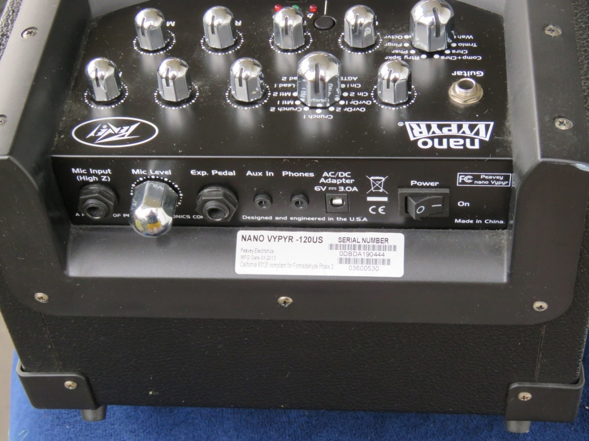 Peavey Nano Vypyr Top / Rear Panel