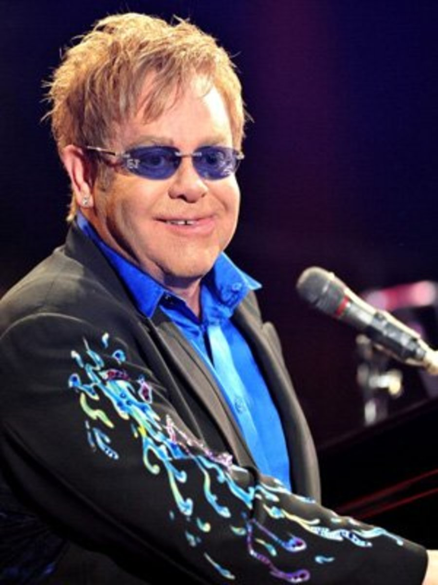 top-10-male-rock-musicians-over-the-age-of-65-and-still-going-strong