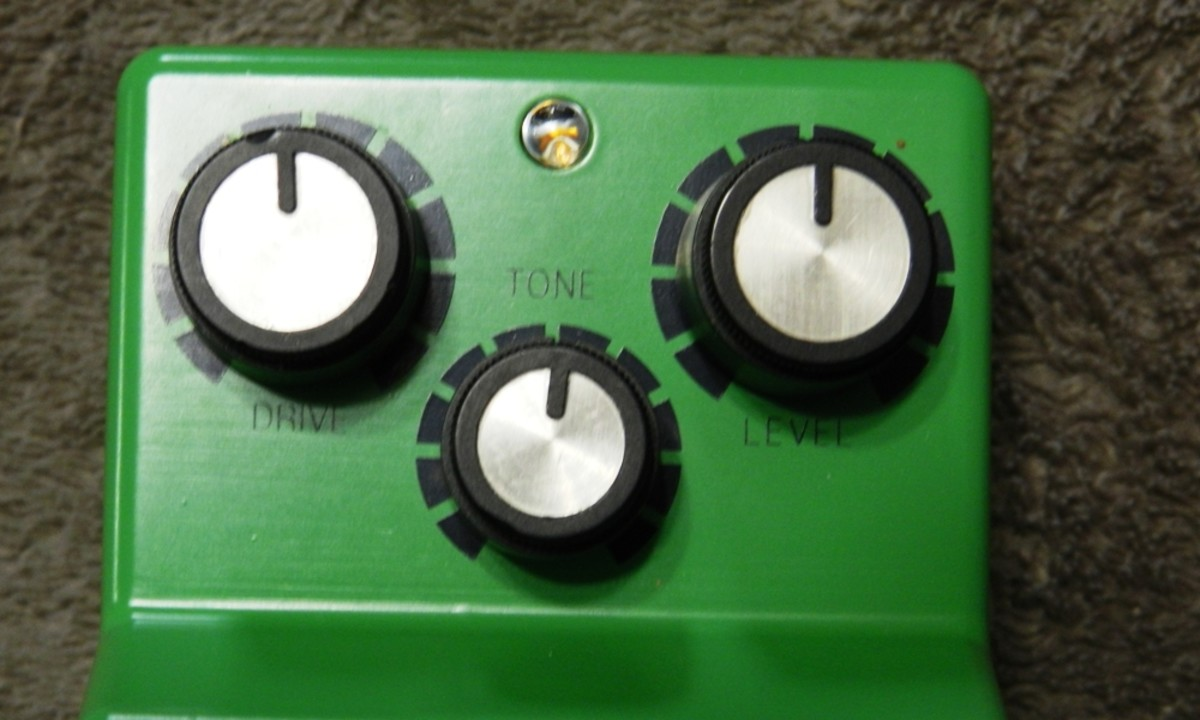 Drive, Tone and Level. You can't get a whole lot simpler than that.