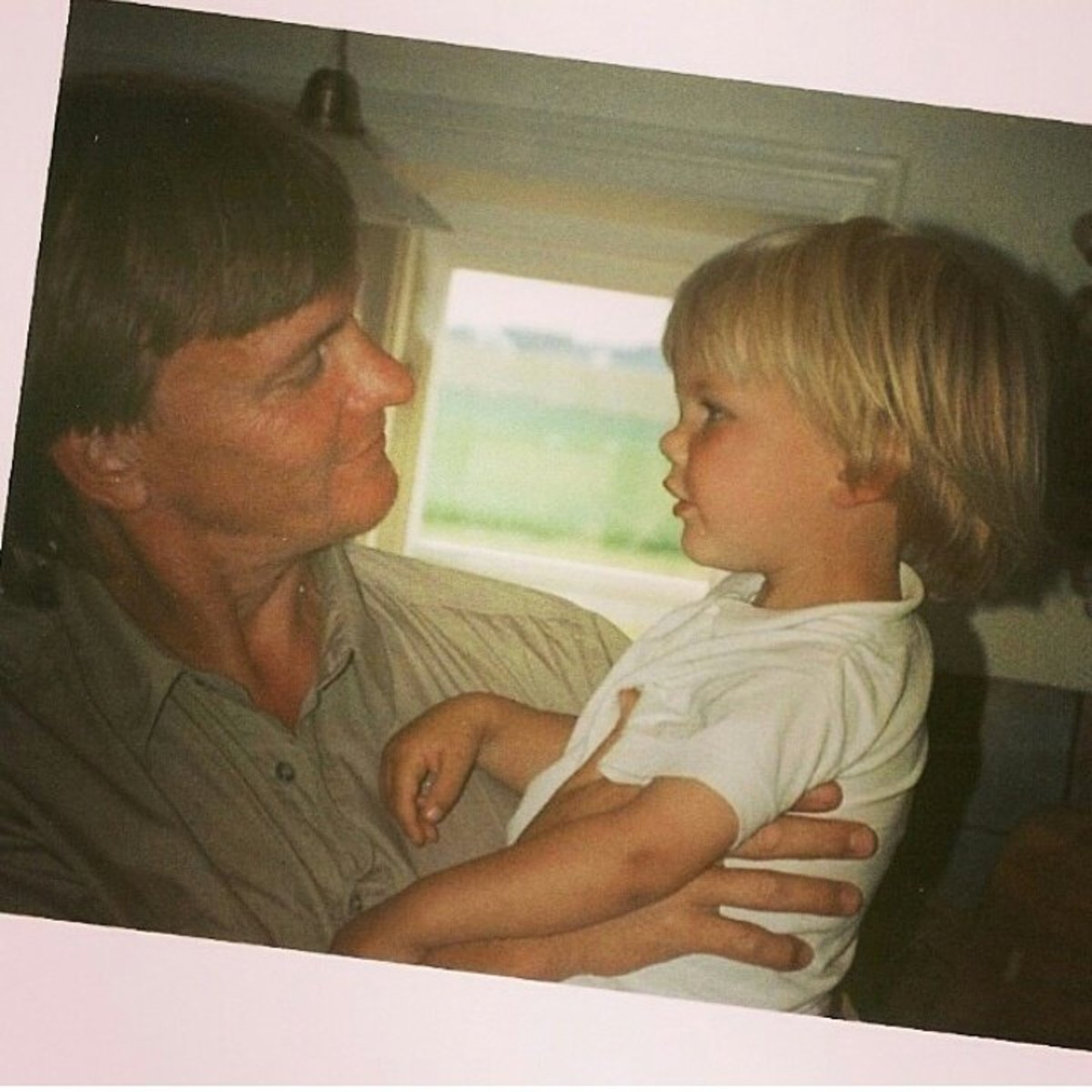 Tom Bergling (Avicii) as a child. The innocence of youth.
