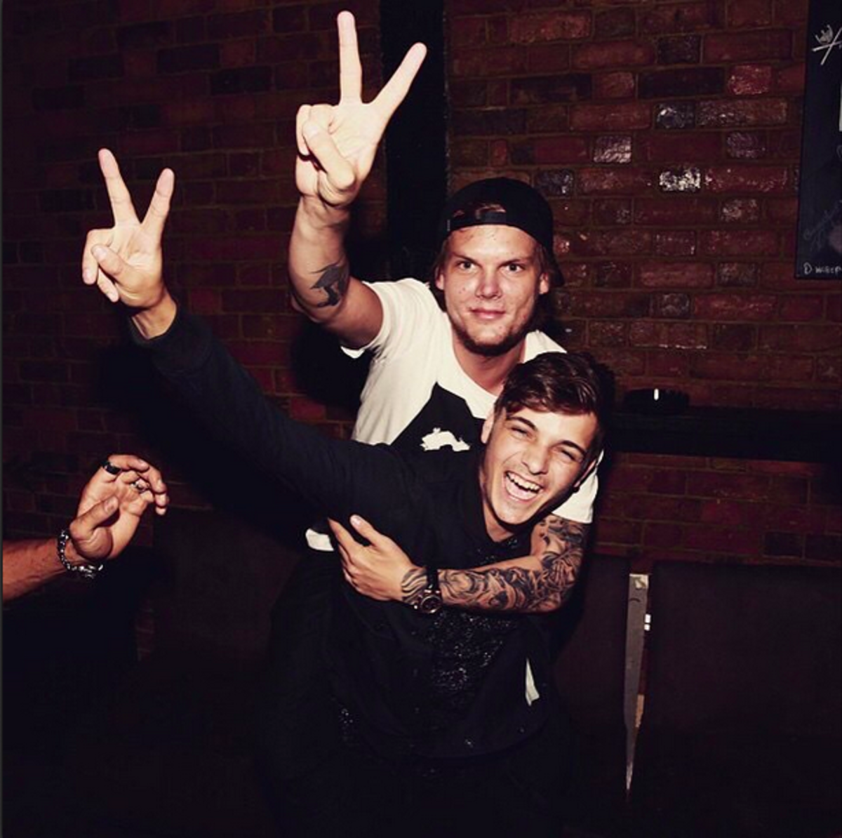 Tom Bergling and his friends
