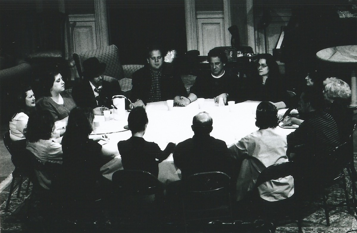 While living in the White House, Mary Todd Lincoln often conducted seances in an attempt to communicate with two of her deceased children. Pictured here is a seance being conducted on stage during the course of Noel Coward's play, Blithe Spirits